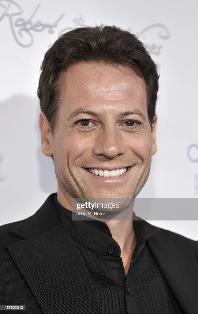 Actor <a gi-track='captionPersonalityLinkClicked' href=/galleries/search?phrase=Ioan+Gruffudd&family=editorial&specificpeople=212745 ng-click='$event.stopPropagation()'>Ioan Gruffudd</a> attends the Local Woman Lights Up Hollywood a with Dream Book at the L'Ermitage Hotel on May 1, 2014 in Beverly Hills California.