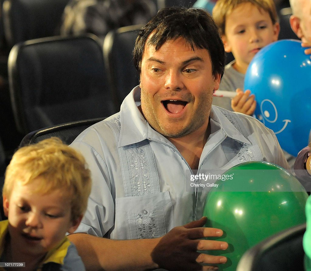 Actor <a gi-track='captionPersonalityLinkClicked' href=/galleries/search?phrase=Jack+Black&family=editorial&specificpeople=171453 ng-click='$event.stopPropagation()'>Jack Black</a> and son Samuel attend 'YO GABBA GABBA! @ KIA PRESENTS YO GABBA GABBA! LIVE! THERE'S A PARTY IN MY CITY produced by S2BN Entertainment in association with The Magic Store and W!LDBRAIN Entertainment at Nokia L.A. Live on November 27, 2010 in Los Angeles, California.