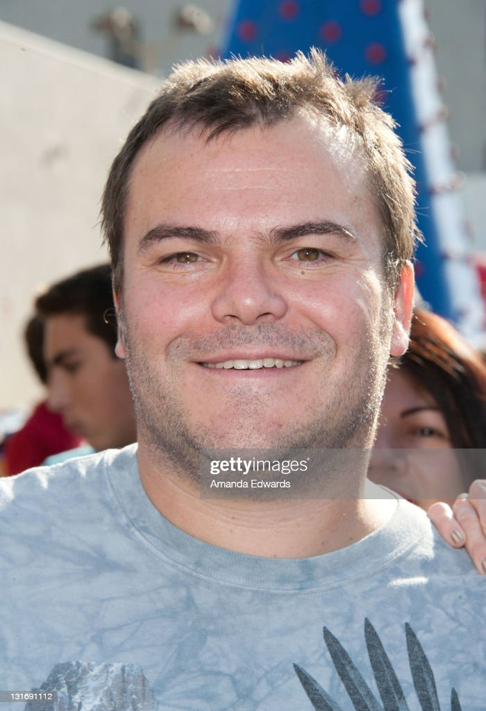 Actor <a gi-track='captionPersonalityLinkClicked' href=/galleries/search?phrase=Jack+Black&family=editorial&specificpeople=171453 ng-click='$event.stopPropagation()'>Jack Black</a> attends the Yahoo! Sports Presents A Day Of Champions event at the Sports Museum of Los Angeles on November 6, 2011 in Los Angeles, California.
