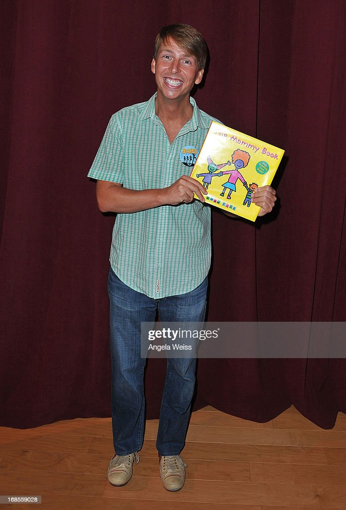 Actor <a gi-track='captionPersonalityLinkClicked' href=/galleries/search?phrase=Jack+McBrayer&family=editorial&specificpeople=4100664 ng-click='$event.stopPropagation()'>Jack McBrayer</a> attends the Screen Actors Guild Foundation 20 Years Of BookPALS celebration at West Hollywood City Council Chamber on May 11, 2013 in West Hollywood, California.