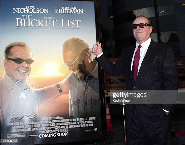 Actor Jack Nicholson arrives at the premiere of Warner Bros' 'The Bucket List' at the Cinerama Dome Theater on December 16 2007 in Los Angeles...