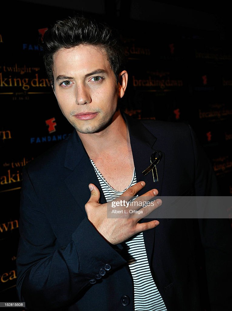 Actor <a gi-track='captionPersonalityLinkClicked' href=/galleries/search?phrase=Jackson+Rathbone&family=editorial&specificpeople=4070053 ng-click='$event.stopPropagation()'>Jackson Rathbone</a> shows off a ribbon worn on behalf of the 'Twilight' fan killed at Comic-Con by a car at the Summit Entertainment's 'The Twilight Saga: Breaking Dawn - PART 2 VIP - Comic-Con Celebration - Arrivals held at The Hard Rock Hotel on July 11, 2012 in San Diego, California.