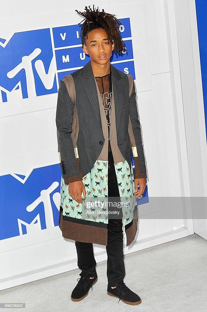 Actor Jaden Smith arrives at the 2016 MTV Video Music Awards at Madison Square Garden on August 28, 2016 in New York City.