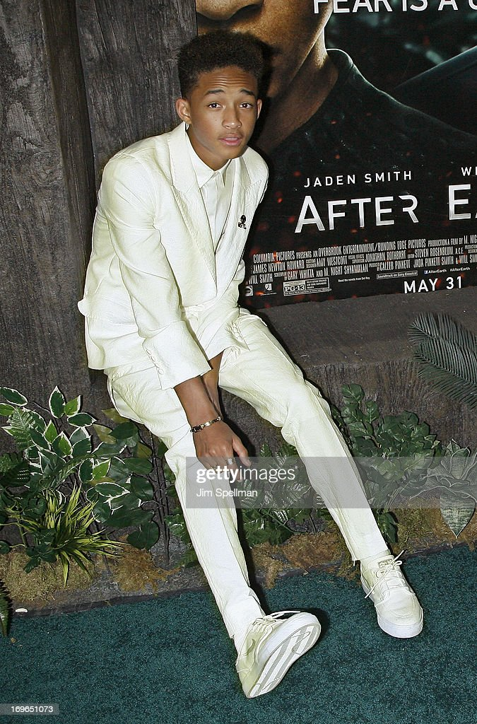 Actor <a gi-track='captionPersonalityLinkClicked' href=/galleries/search?phrase=Jaden+Smith&family=editorial&specificpeople=709174 ng-click='$event.stopPropagation()'>Jaden Smith</a> (hair detail) attends the 'After Earth' premiere at the Ziegfeld Theater on May 29, 2013 in New York City.