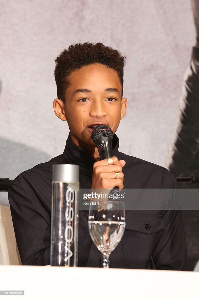 Actor <a gi-track='captionPersonalityLinkClicked' href=/galleries/search?phrase=Jaden+Smith&family=editorial&specificpeople=709174 ng-click='$event.stopPropagation()'>Jaden Smith</a> attends the 'After Earth' Press Conference at the Ritz Carlton Tokyo on May 2, 2013 in Tokyo, Japan.
