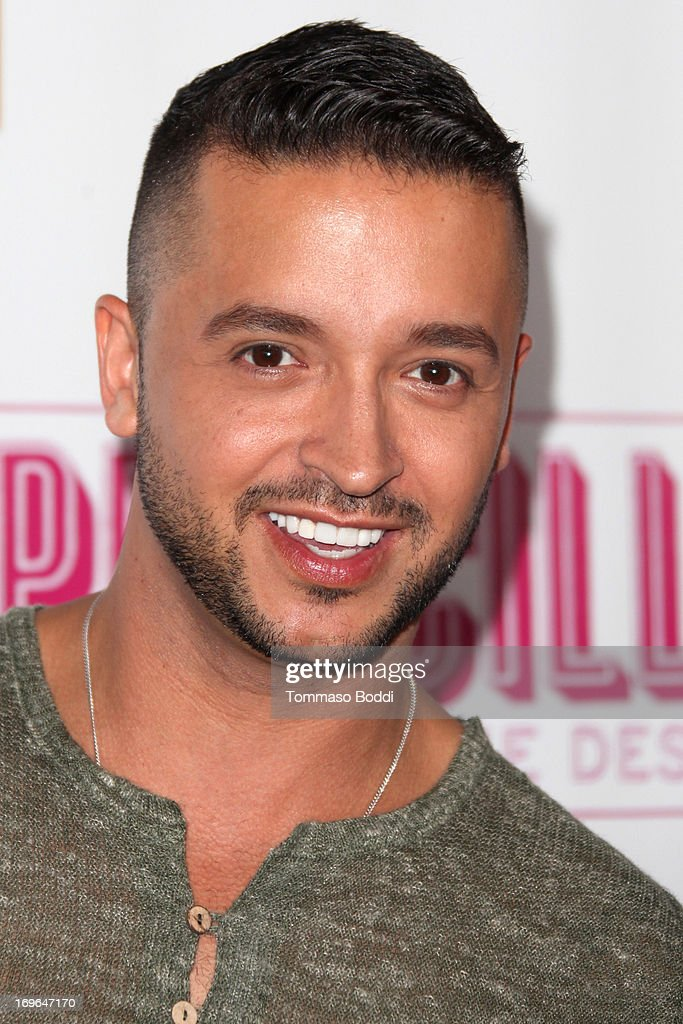 Actor <a gi-track='captionPersonalityLinkClicked' href=/galleries/search?phrase=Jai+Rodriguez+-+Actor&family=editorial&specificpeople=202956 ng-click='$event.stopPropagation()'>Jai Rodriguez</a> attends the 'Priscilla Queen Of The Desert' Los Angeles opening night held at the Pantages Theatre on May 29, 2013 in Hollywood, California.