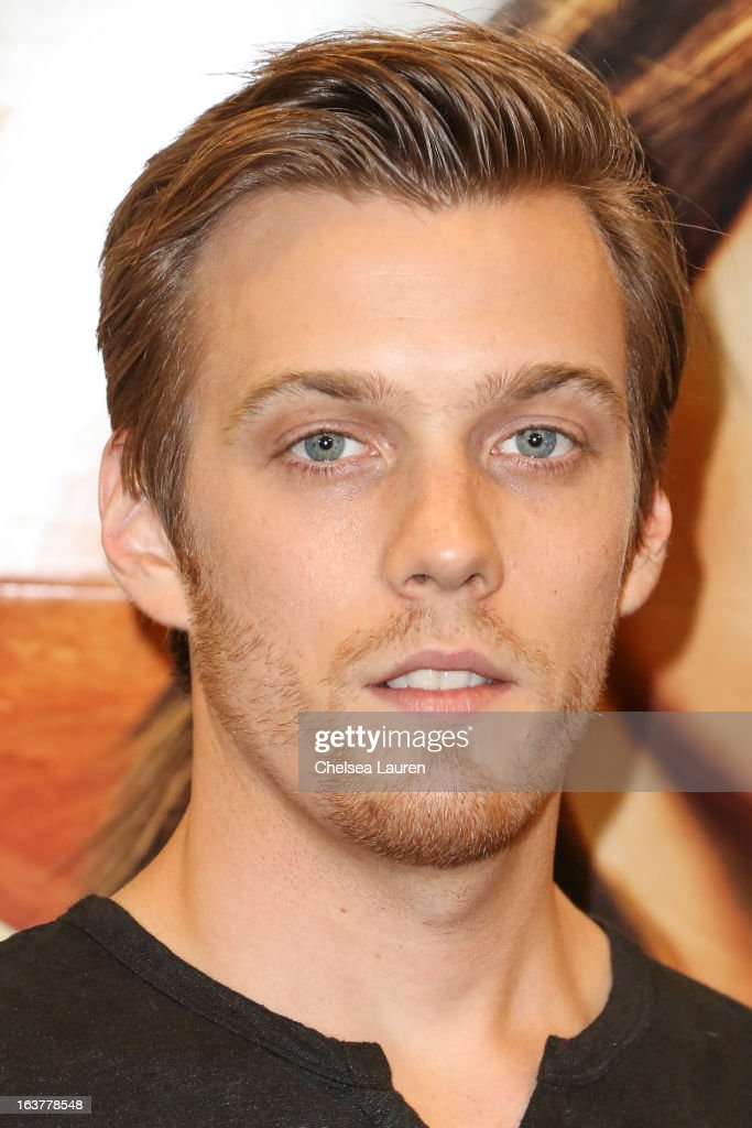Actor <a gi-track='captionPersonalityLinkClicked' href=/galleries/search?phrase=Jake+Abel&family=editorial&specificpeople=4684398 ng-click='$event.stopPropagation()'>Jake Abel</a> arrives at the celebration of the film release of 'The Host' at Barnes & Noble bookstore at The Grove on March 15, 2013 in Los Angeles, California.