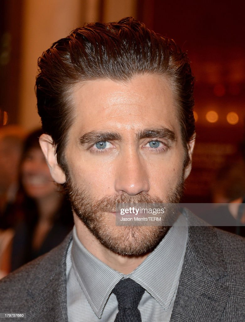 Actor <a gi-track='captionPersonalityLinkClicked' href=/galleries/search?phrase=Jake+Gyllenhaal&family=editorial&specificpeople=201833 ng-click='$event.stopPropagation()'>Jake Gyllenhaal</a> arrives at the 'Prisoners' premiere during the 2013 Toronto International Film Festival at The Elgin on September 6, 2013 in Toronto, Canada.