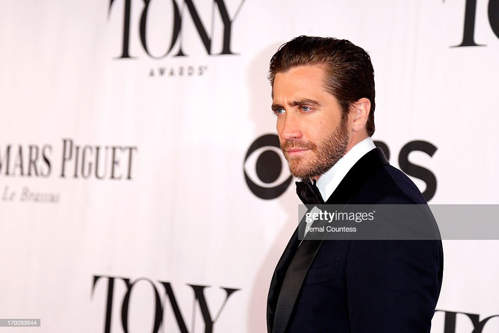 Actor <a gi-track='captionPersonalityLinkClicked' href=/galleries/search?phrase=Jake+Gyllenhaal&family=editorial&specificpeople=201833 ng-click='$event.stopPropagation()'>Jake Gyllenhaal</a> attends The 67th Annual Tony Awards at Radio City Music Hall on June 9, 2013 in New York City.