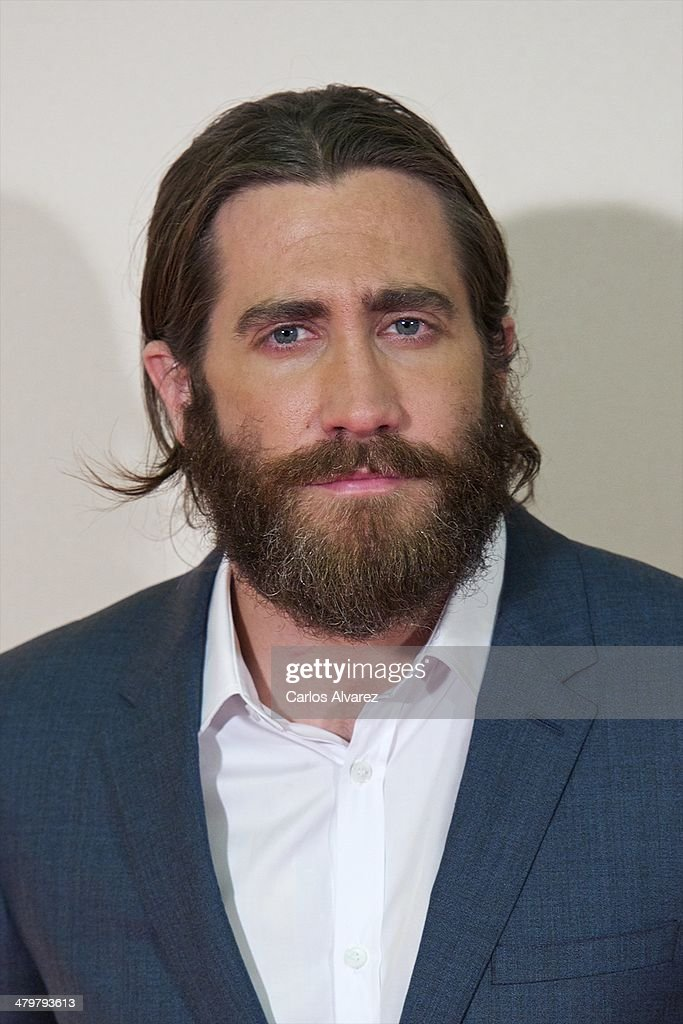 Actor <a gi-track='captionPersonalityLinkClicked' href=/galleries/search?phrase=Jake+Gyllenhaal&family=editorial&specificpeople=201833 ng-click='$event.stopPropagation()'>Jake Gyllenhaal</a> attends the 'Enemy' premiere at the Palafox cinema on March 20, 2014 in Madrid, Spain.