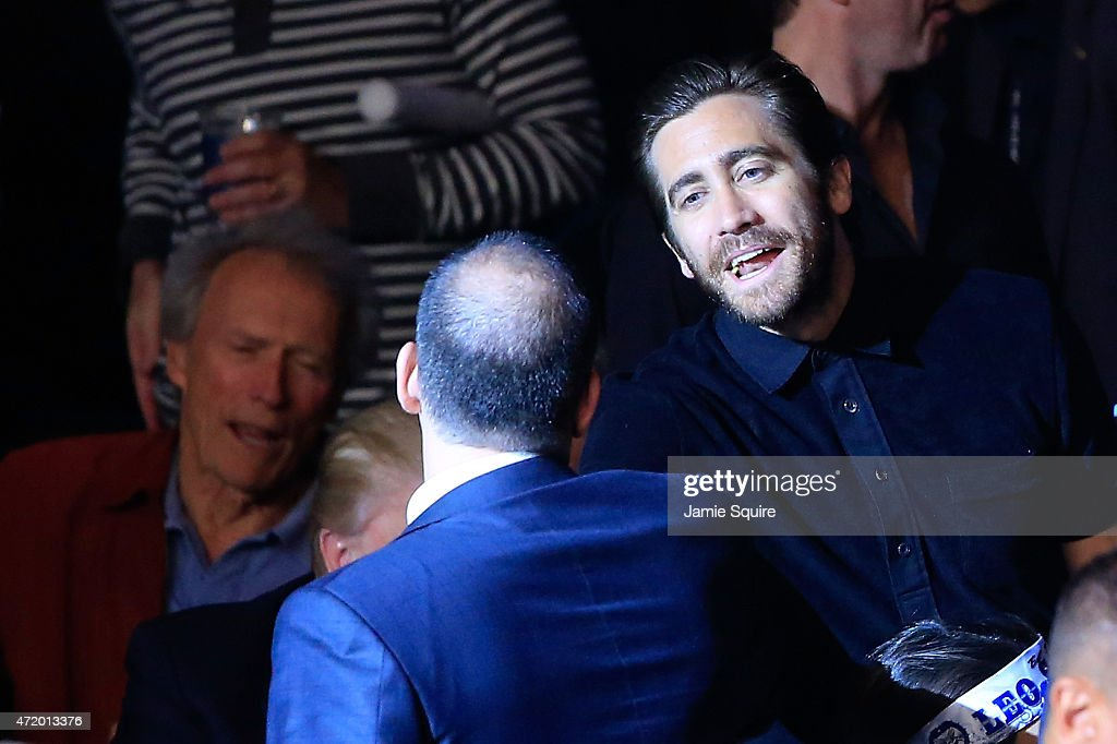 Actor Jake Gyllenhaal shakes hands before the start of the Leo Santa Cruz against Jose Cayetano featherweight bout on May 2 2015 at MGM Grand Garden...