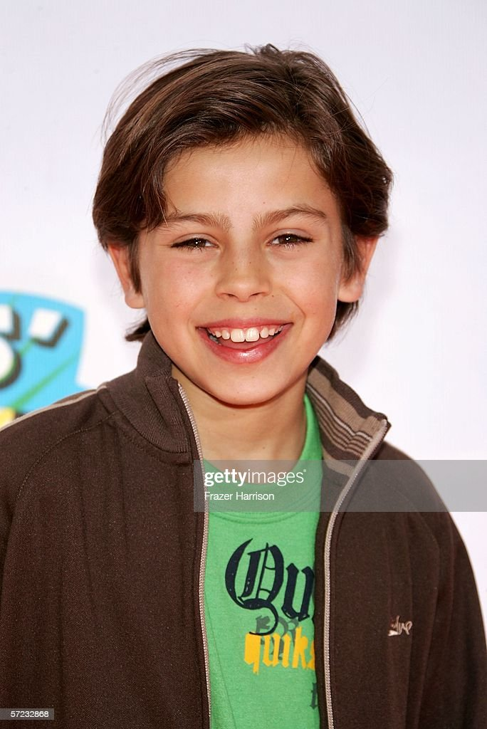 Actor Jake T. Austin arrives at the 19th Annual Kid's Choice Awards held at UCLA's Pauley Pavilion on April 1, 2006 in Westwood, California.
