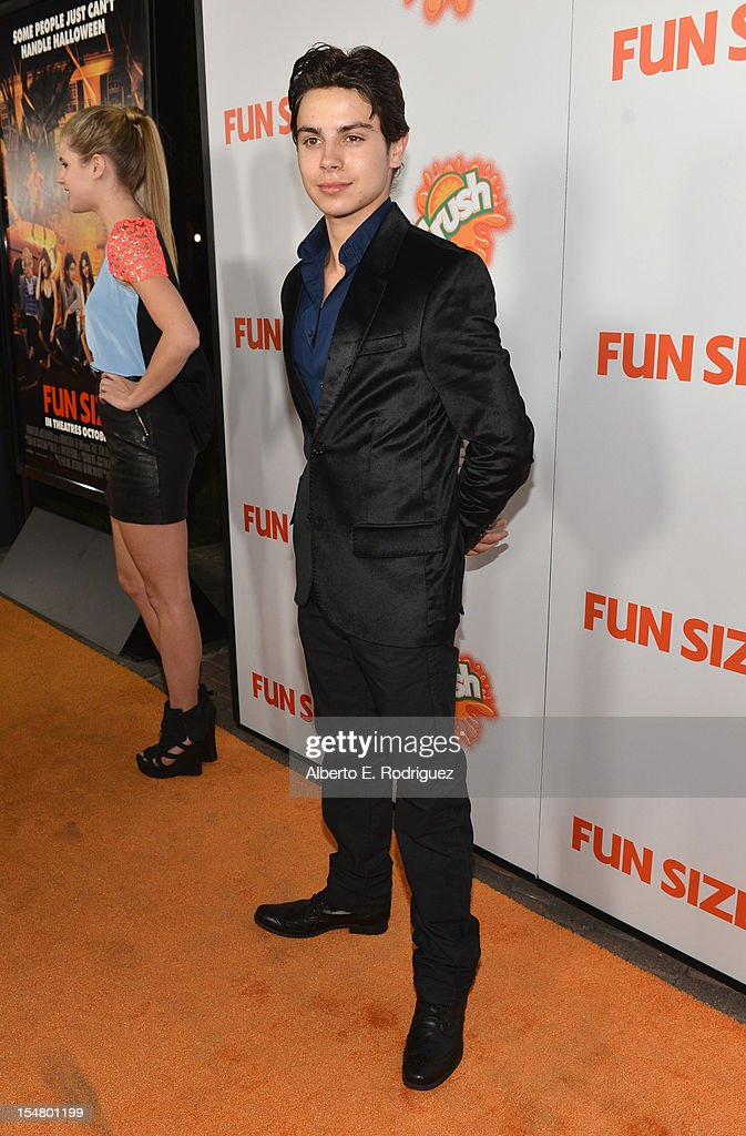 Actor Jake T. Austin arrives to the premiere of Paramount Pictures' 'Fun Size' at Paramount Theater on the Paramount Studios lot on October 25, 2012 in Hollywood, California.