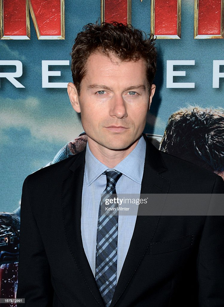 Actor <a gi-track='captionPersonalityLinkClicked' href=/galleries/search?phrase=James+Badge+Dale&family=editorial&specificpeople=3090483 ng-click='$event.stopPropagation()'>James Badge Dale</a> arrives at the premiere of Walt Disney Pictures' 'Iron Man 3' at the El Capitan Theatre on April 24, 2013 in Hollywood, California.