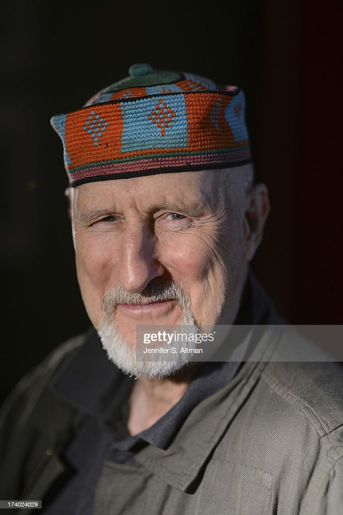 Actor <a gi-track='captionPersonalityLinkClicked' href=/galleries/search?phrase=James+Cromwell&family=editorial&specificpeople=211295 ng-click='$event.stopPropagation()'>James Cromwell</a> is photographed for Los Angeles Times on June 26, 2013 in New York City.