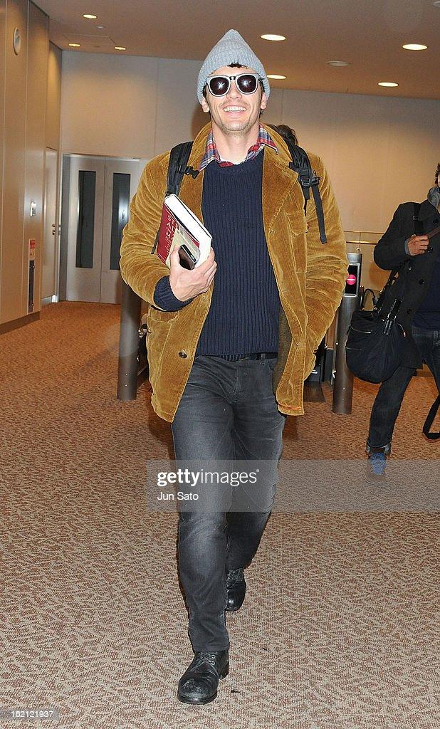 Actor James Franco arrives at Narita International Airport on February 19, 2013 in Narita, Japan.