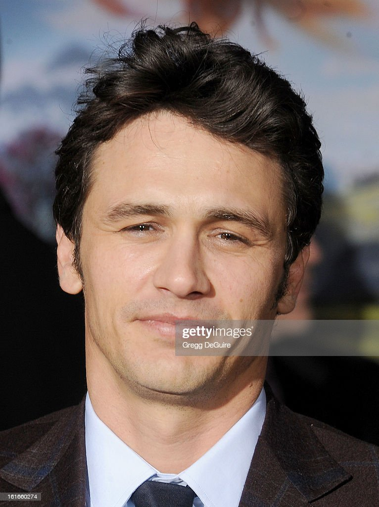 Actor <a gi-track='captionPersonalityLinkClicked' href=/galleries/search?phrase=James+Franco&family=editorial&specificpeople=577480 ng-click='$event.stopPropagation()'>James Franco</a> arrives at the Los Angeles premiere of 'Oz The Great and Powerful' at the El Capitan Theatre on February 13, 2013 in Hollywood, California.