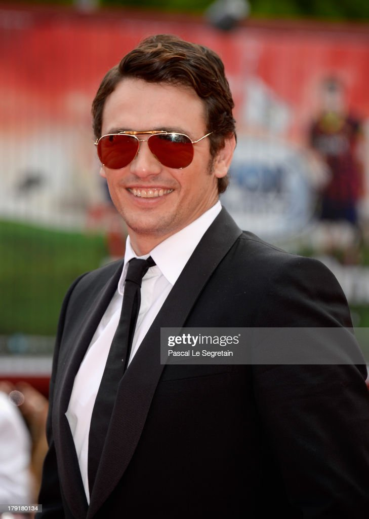 Actor <a gi-track='captionPersonalityLinkClicked' href=/galleries/search?phrase=James+Franco&family=editorial&specificpeople=577480 ng-click='$event.stopPropagation()'>James Franco</a> attends the 'Palo Alto' Premiere during the 70th Venice International Film Festival at the Sala Grande on September 1, 2013 in Venice, Italy.