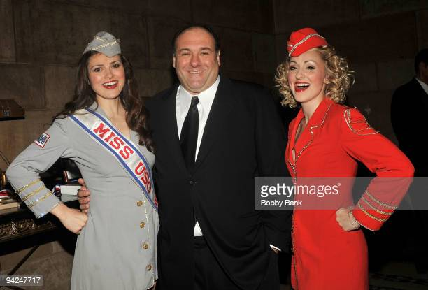 Actor James Gandolfini attends the USO 48th annual Armed Forces Gala Gold Medal dinner at Cipriani 42nd Street on December 9 2009 in New York City
