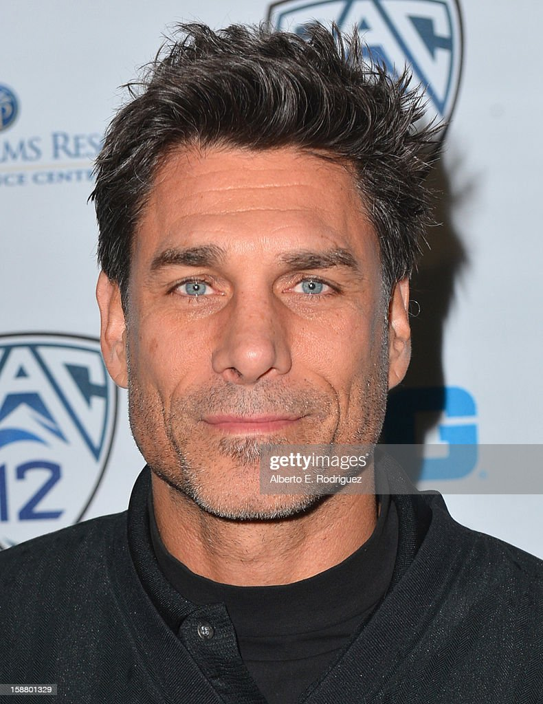 Actor James Hyde arrives to the innaugural Rose Bowl Game Golf Classic at Industry Hills Golf Course on December 29, 2012 in City of Industry, California.