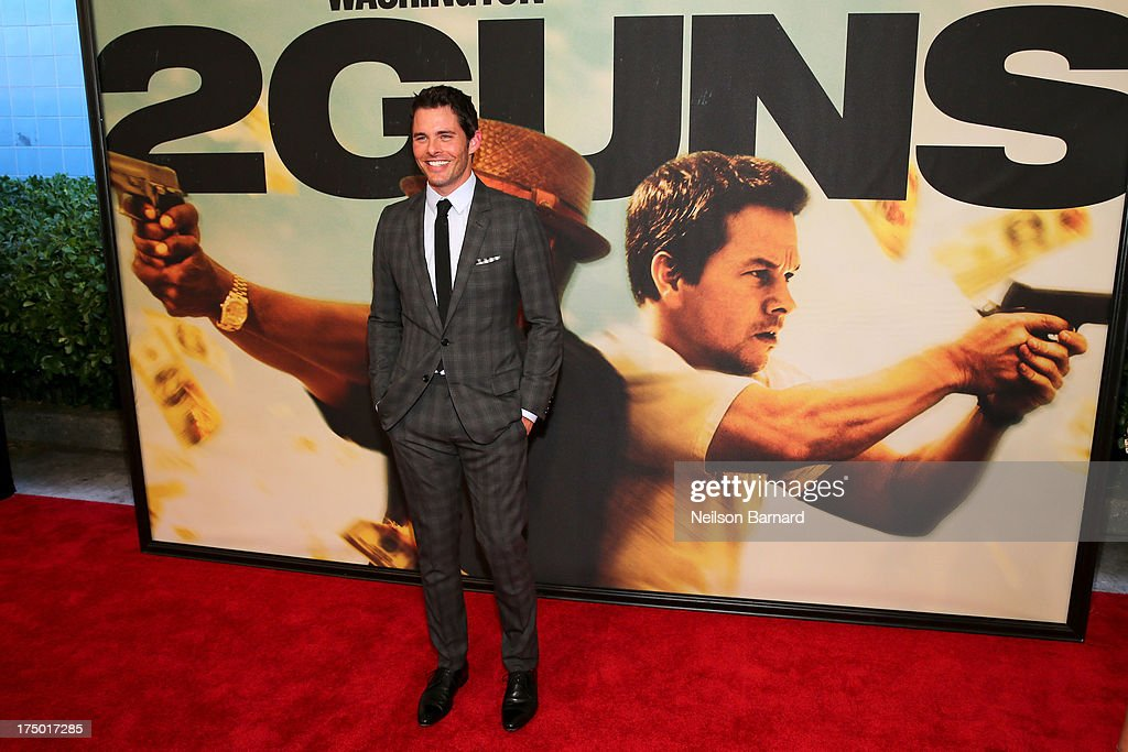 Actor <a gi-track='captionPersonalityLinkClicked' href=/galleries/search?phrase=James+Marsden&family=editorial&specificpeople=206902 ng-click='$event.stopPropagation()'>James Marsden</a> attends '2 Guns' New York Premiere at SVA Theater on July 29, 2013 in New York City.