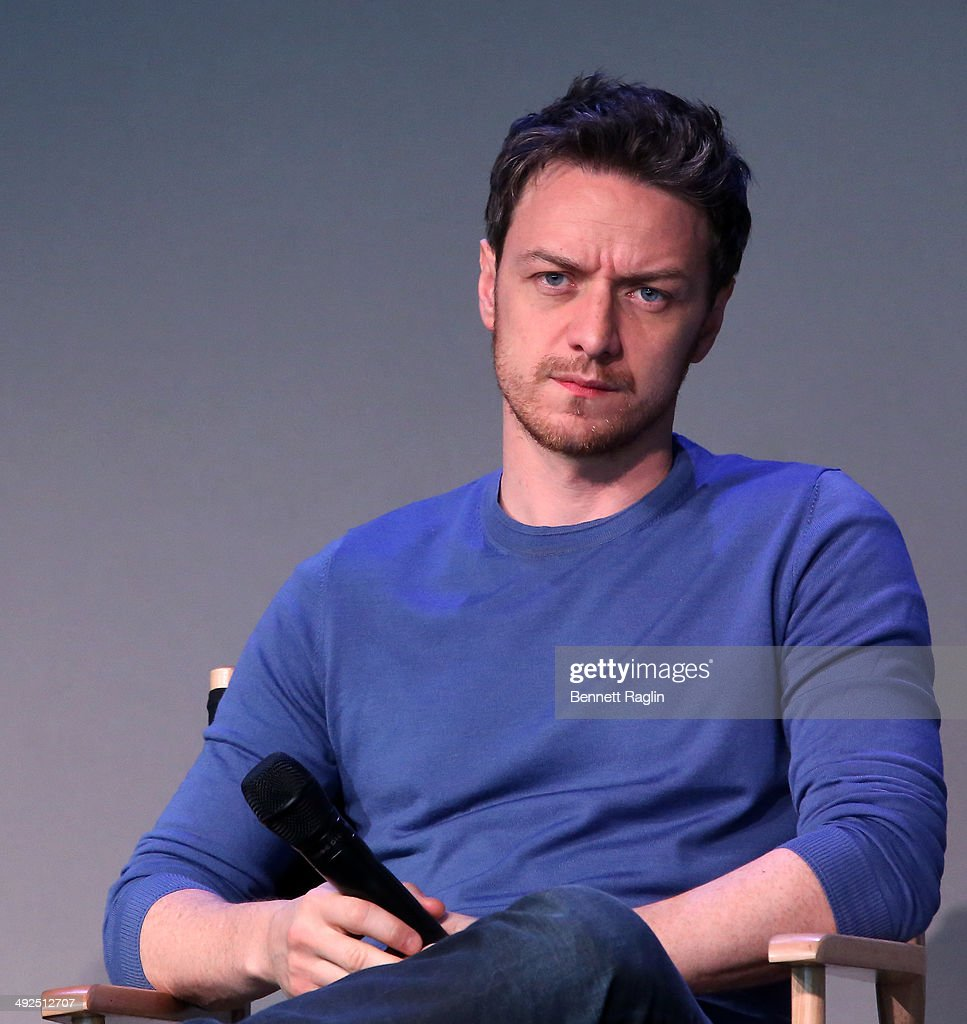 Actor <a gi-track='captionPersonalityLinkClicked' href=/galleries/search?phrase=James+McAvoy&family=editorial&specificpeople=647005 ng-click='$event.stopPropagation()'>James McAvoy</a> attends Meet the Filmmakers at Apple Store Soho on May 20, 2014 in New York City.