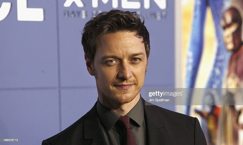 Actor James McAvoy attends the 'X-Men: Days Of Future Past' World Premiere - Outside Arrivals at Jacob Javits Center on May 10, 2014 in New York City.