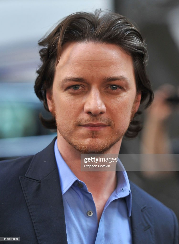 Actor <a gi-track='captionPersonalityLinkClicked' href=/galleries/search?phrase=James+McAvoy&family=editorial&specificpeople=647005 ng-click='$event.stopPropagation()'>James McAvoy</a> attends the 'X-Men: First Class' New York Premiere at the Ziegfeld Theatre on May 25, 2011 in New York City.