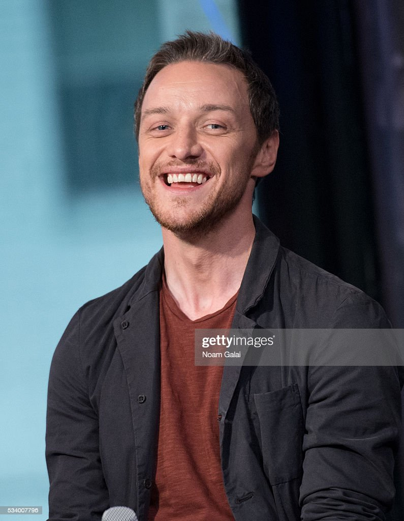 Actor <a gi-track='captionPersonalityLinkClicked' href=/galleries/search?phrase=James+McAvoy&family=editorial&specificpeople=647005 ng-click='$event.stopPropagation()'>James McAvoy</a> visits AOL Build to discuss 'X-Men: Apocalypse' at AOL Studios in New York on May 24, 2016 in New York City.