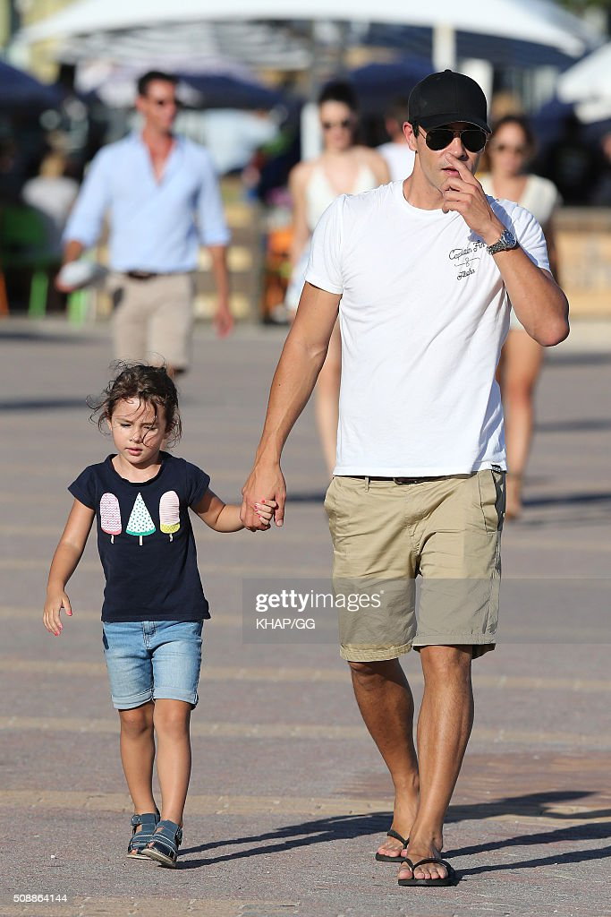 Actor James Stewart enjoys time with his daughter Scout Edie in Bondi on February 7, 2016 in Sydney, Australia.