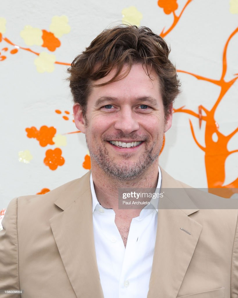 Actor James Tupper attends the launch of 'Tickle Time Sunblock' at The COOP on December 8, 2012 in Studio City, California.