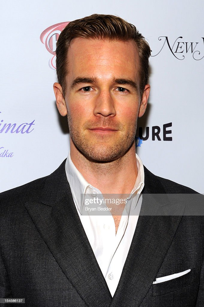 Actor <a gi-track='captionPersonalityLinkClicked' href=/galleries/search?phrase=James+Van+Der+Beek&family=editorial&specificpeople=539017 ng-click='$event.stopPropagation()'>James Van Der Beek</a> attends the premiere party for 'Don't Trust The B---- In Apt 23' hosted by New York Magazine and Vulture at Toro Lounge at Plein Sud on October 22, 2012 in New York City.