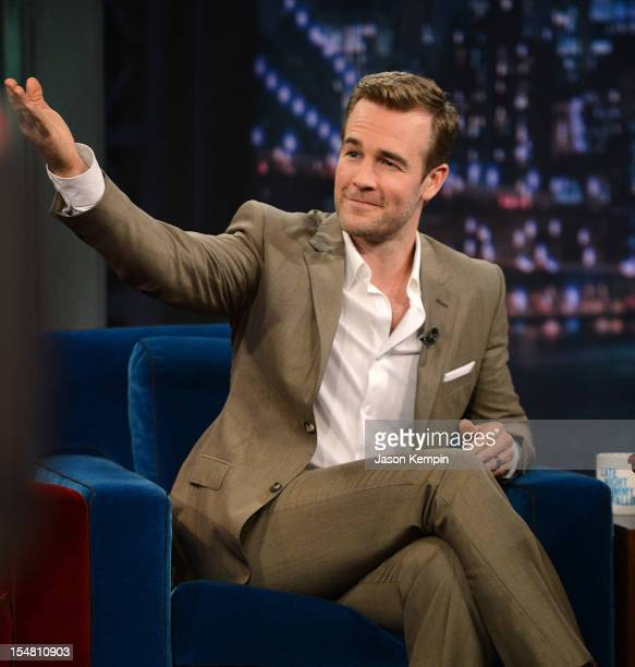 Actor James Van Der Beek visits 'Late Night With Jimmy Fallon' at Rockefeller Center on October 26 2012 in New York City