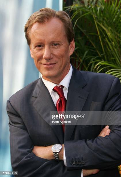 Actor James Woods attends the CBS Upfront Presentation at Tavern On The Green May 17 2006 in New York City