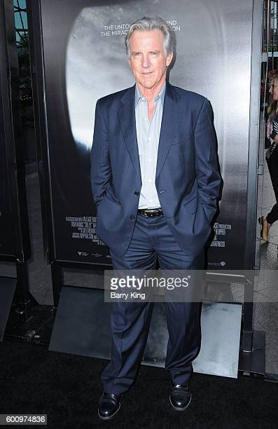 Actor Jamey Sheridan attends the Los Angeles industry screening of Warner Bros Pictures' 'Sully' at Directors Guild Of America on September 8 2016 in...
