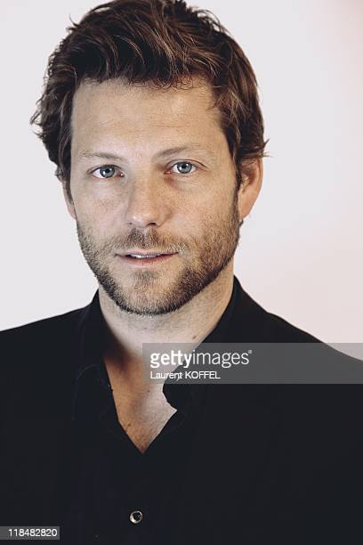 Actor Jamie Bamber poses during a portrait session held on April 24 2009 in Paris France