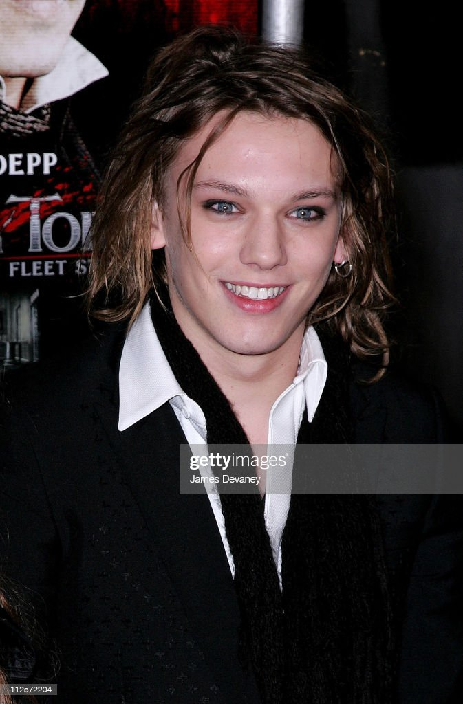 Actor <a gi-track='captionPersonalityLinkClicked' href=/galleries/search?phrase=Jamie+Campbell+Bower&family=editorial&specificpeople=4586724 ng-click='$event.stopPropagation()'>Jamie Campbell Bower</a> arrives at the 'Sweeney Todd: The Demon Barber of Fleet Street' premiere at the Ziegfeld Theater on December 3, 2007 in New York City.