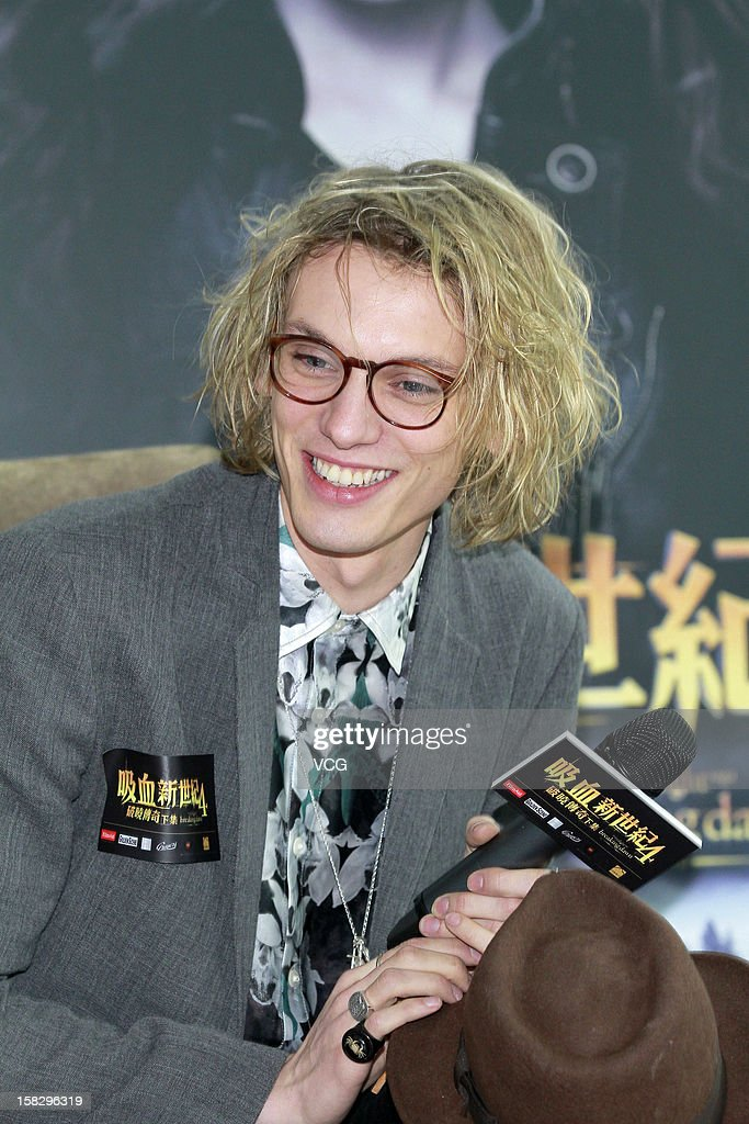 Actor <a gi-track='captionPersonalityLinkClicked' href=/galleries/search?phrase=Jamie+Campbell+Bower&family=editorial&specificpeople=4586724 ng-click='$event.stopPropagation()'>Jamie Campbell Bower</a> attends the 'Twilight Saga: Breaking Dawn Part 2' press conference on December 12, 2012 in Hong Kong, Hong Kong.