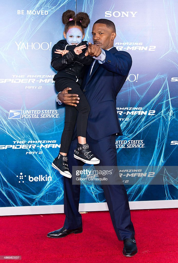Actor <a gi-track='captionPersonalityLinkClicked' href=/galleries/search?phrase=Jamie+Foxx&family=editorial&specificpeople=201715 ng-click='$event.stopPropagation()'>Jamie Foxx</a> (R) and his daughter <a gi-track='captionPersonalityLinkClicked' href=/galleries/search?phrase=Annalise+Bishop&family=editorial&specificpeople=10846979 ng-click='$event.stopPropagation()'>Annalise Bishop</a> attend 'The Amazing Spider-Man 2' premiere at the Ziegfeld Theater on April 24, 2014 in New York City.