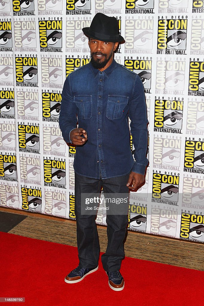 Actor <a gi-track='captionPersonalityLinkClicked' href=/galleries/search?phrase=Jamie+Foxx&family=editorial&specificpeople=201715 ng-click='$event.stopPropagation()'>Jamie Foxx</a> attends 'Django Unchained' at Comic-Con 2012 at Hilton San Diego Bayfront Hotel on July 14, 2012 in San Diego, California.