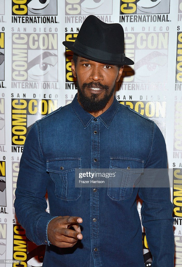 Actor <a gi-track='captionPersonalityLinkClicked' href=/galleries/search?phrase=Jamie+Foxx&family=editorial&specificpeople=201715 ng-click='$event.stopPropagation()'>Jamie Foxx</a> attends 'DJango Unchained' Press Line during Comic-Con International 2012 at Hilton San Diego Bayfront Hotel on July 14, 2012 in San Diego, California.