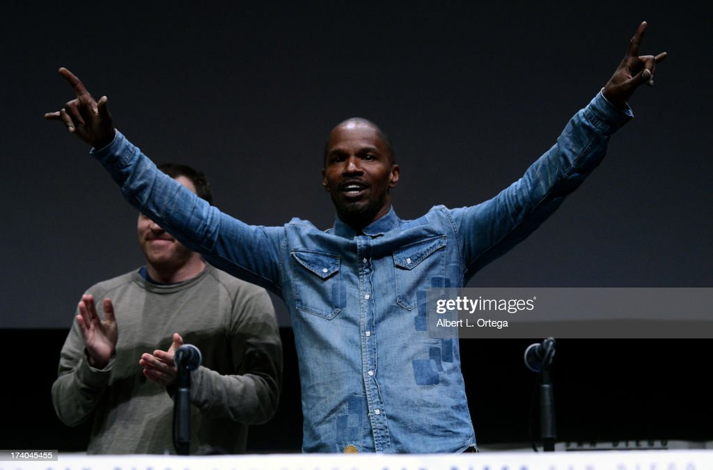 Actor <a gi-track='captionPersonalityLinkClicked' href=/galleries/search?phrase=Jamie+Foxx&family=editorial&specificpeople=201715 ng-click='$event.stopPropagation()'>Jamie Foxx</a> speaks onstage at the Sony and Screen Gems panel during Comic-Con International 2013 at San Diego Convention Center on July 19, 2013 in San Diego, California.