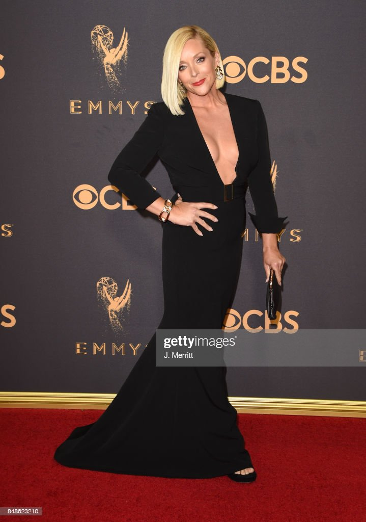 Actor Jane Krakowski attends the 69th Annual Primetime Emmy Awards at Microsoft Theater on September 17, 2017 in Los Angeles, California.