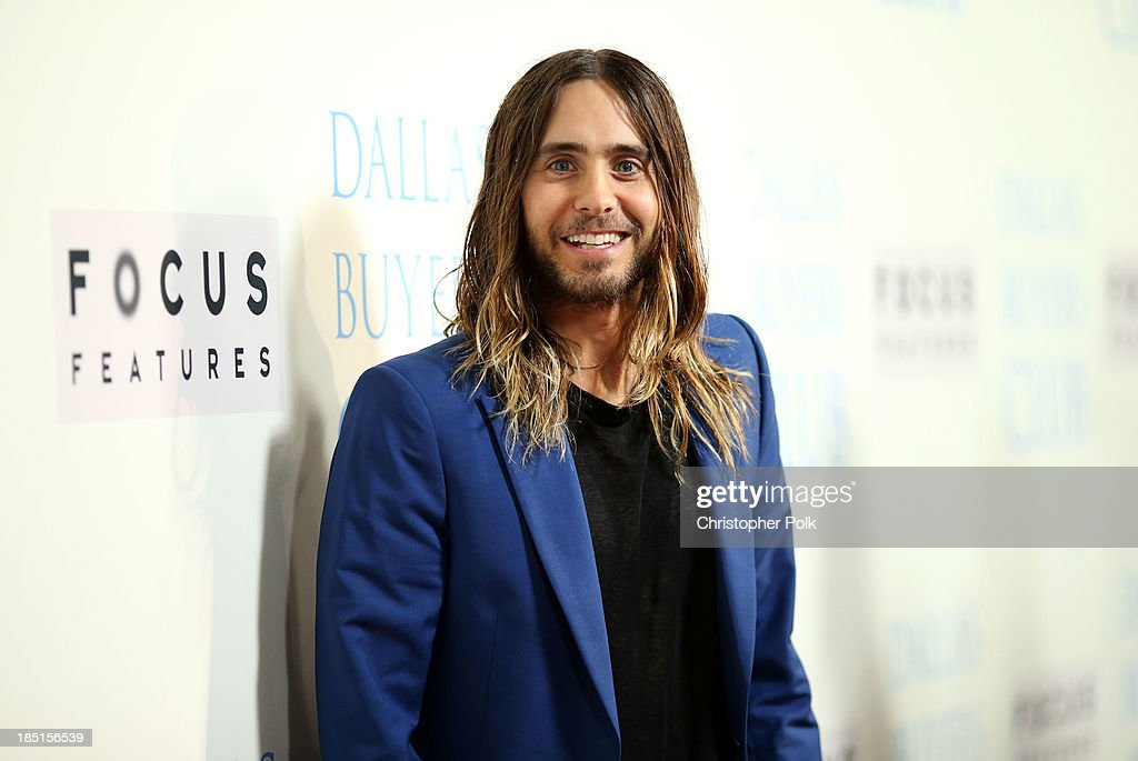 Actor <a gi-track='captionPersonalityLinkClicked' href=/galleries/search?phrase=Jared+Leto&family=editorial&specificpeople=214764 ng-click='$event.stopPropagation()'>Jared Leto</a> attends Focus Features' 'Dallas Buyers Club' premiere at the Academy of Motion Picture Arts and Sciences on October 17, 2013 in Beverly Hills, California.