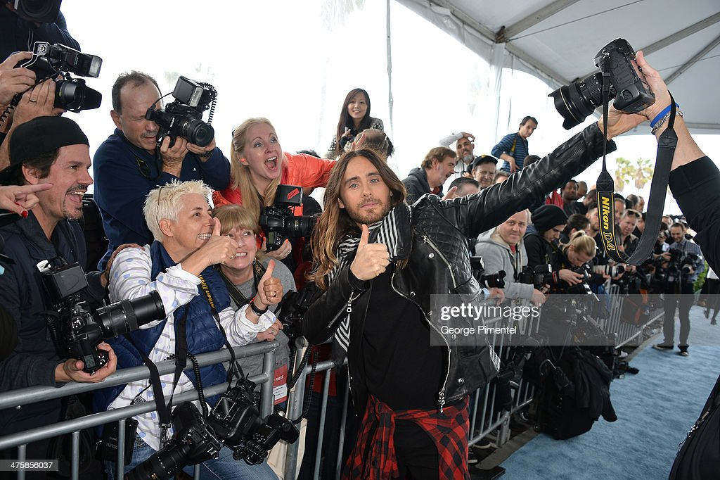 Actor <a gi-track='captionPersonalityLinkClicked' href=/galleries/search?phrase=Jared+Leto&family=editorial&specificpeople=214764 ng-click='$event.stopPropagation()'>Jared Leto</a> attends the 2014 Film Independent Spirit Awards at Santa Monica Beach on March 1, 2014 in Santa Monica, California.