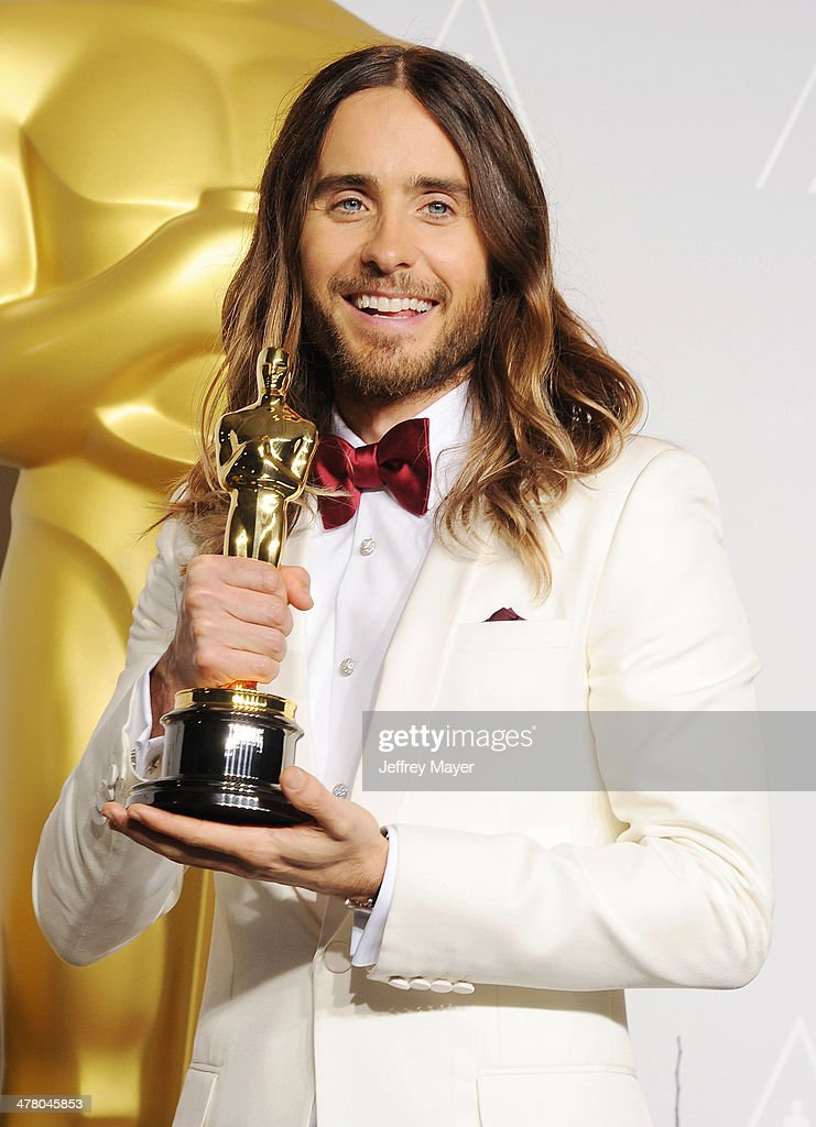 Actor <a gi-track='captionPersonalityLinkClicked' href=/galleries/search?phrase=Jared+Leto&family=editorial&specificpeople=214764 ng-click='$event.stopPropagation()'>Jared Leto</a> poses in the press room during the 86th Annual Academy Awards at Loews Hollywood Hotel on March 2, 2014 in Hollywood, California.