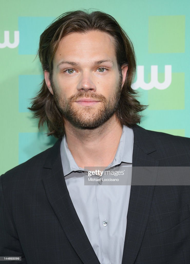 Actor <a gi-track='captionPersonalityLinkClicked' href=/galleries/search?phrase=Jared+Padalecki&family=editorial&specificpeople=215180 ng-click='$event.stopPropagation()'>Jared Padalecki</a> attends The CW Network's New York 2012 Upfront at New York City Center on May 17, 2012 in New York City.
