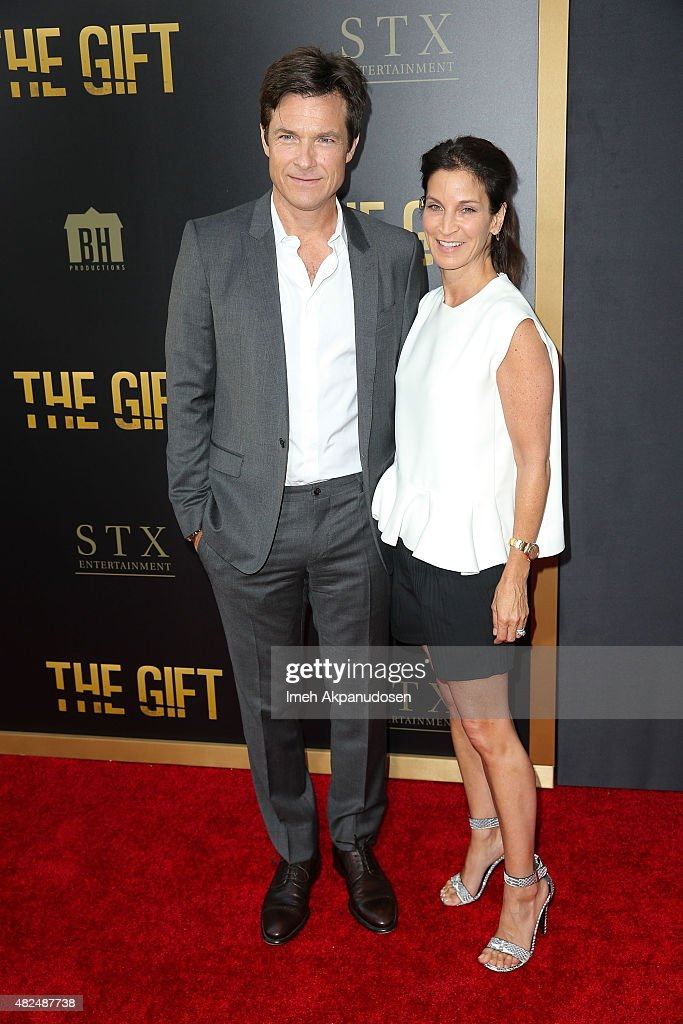 Actor Jason Bateman and wife actress Amanda Anka attend the premiere of STX Entertainment's 'The Gift' at Regal Cinemas LA Live on July 30 2015 in...