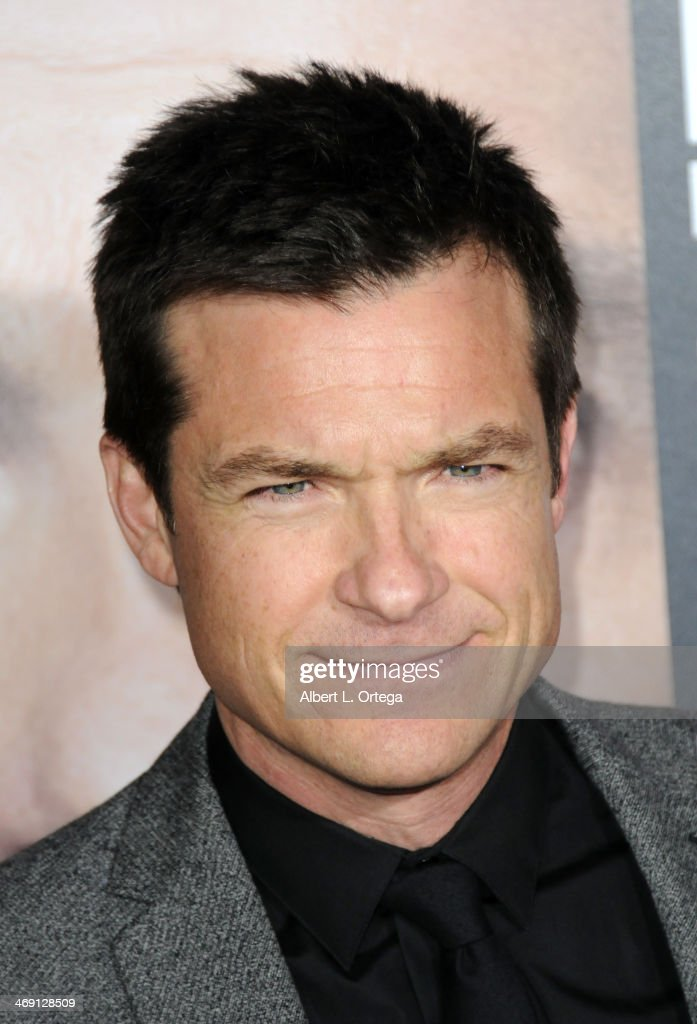 Actor <a gi-track='captionPersonalityLinkClicked' href=/galleries/search?phrase=Jason+Bateman&family=editorial&specificpeople=204774 ng-click='$event.stopPropagation()'>Jason Bateman</a> arrives for the Premiere Of Universal Pictures' 'Identity Thief' held at Mann Village Theater on February 4, 2013 in Westwood, California.