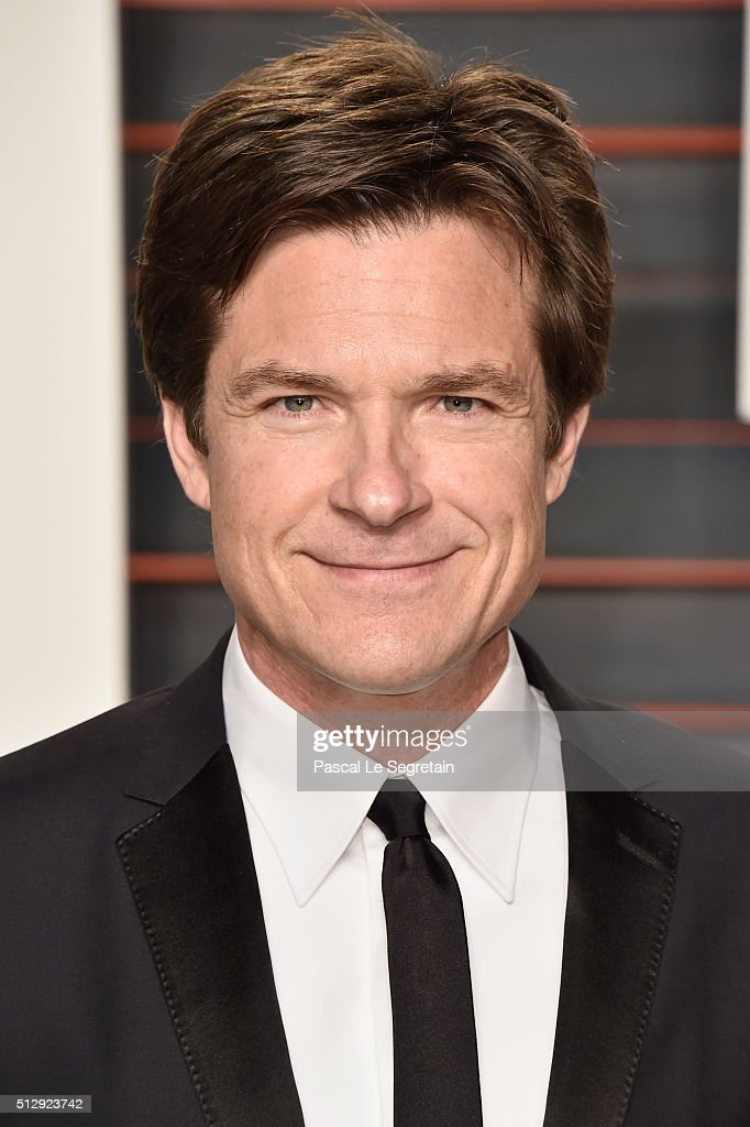 Actor <a gi-track='captionPersonalityLinkClicked' href=/galleries/search?phrase=Jason+Bateman&family=editorial&specificpeople=204774 ng-click='$event.stopPropagation()'>Jason Bateman</a> attends the 2016 Vanity Fair Oscar Party Hosted By Graydon Carter at the Wallis Annenberg Center for the Performing Arts on February 28, 2016 in Beverly Hills, California.